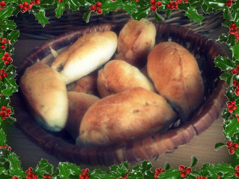 Pierożki/Paszteciki mojej Babci z kapustą na ciepło, zimno, do barszczu i nie...nie tylko na Święta
