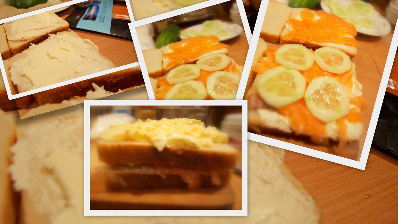 Neapolitańskie kanapki z wędzonym łososiem