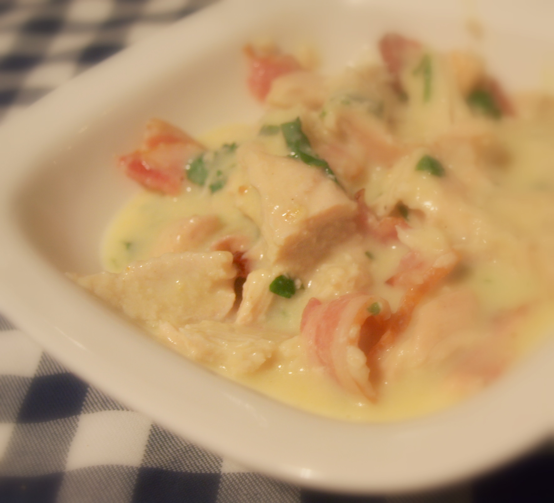 Potrawka z kurczaka w sosie chrzanowym