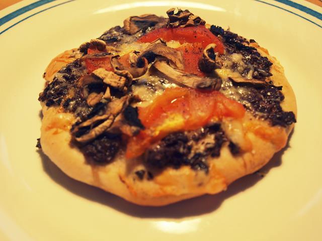 Mini pizze z tapenadą