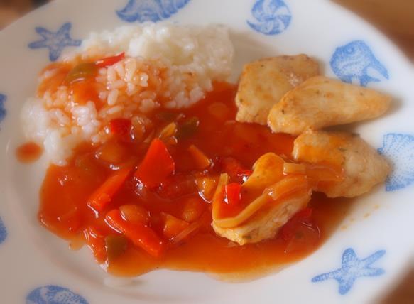 Sos słodko-kwaśny (z kurczakiem na ryżu i z krewetkami na makaronie ryżowym)