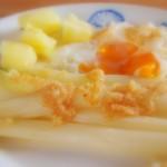 Wiosenny obiad czyli szparagi białe z jajkiem
