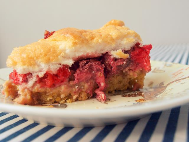 Ciasto zbożowo-truskawkowe