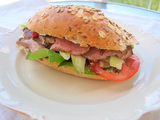 Kanapka z wołowiną