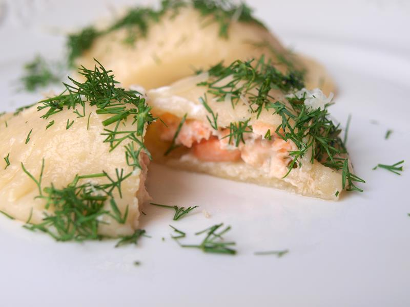 Łososiowe tortellini