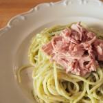 Spaghetti z pesto i tuńczykiem