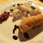 Roladki z filetów z indyka faszerowane żurawiną z ryżem jaśminowym ze śliwkami i borówką