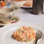 Bulion warzywny (np.do żurku) i sałatka tradycyjna