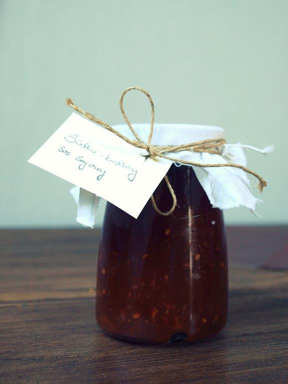 Słodko-kwaśny pomidorowy sos sojowy