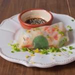 Spring rollsy na 2 sposoby – z papieru ryżowego i z liści nori