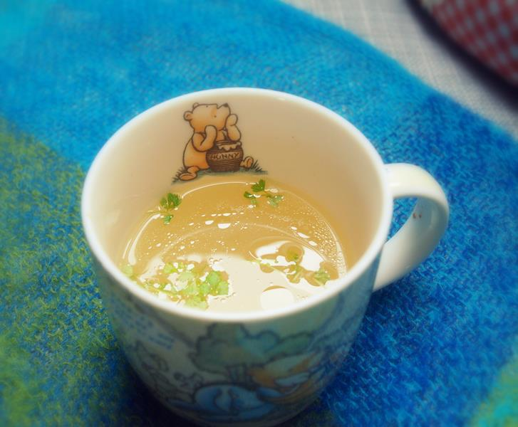 Rozgrzewająca jesienna zupa - idealna pod kocykiem pita z kubka, na syndrom dnia drugiego i chorobę