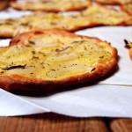 Pizza con patate e rosmarino…(e ricotta)