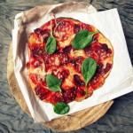 Obłędna pizza z burakiem i domowym pesto/Beet root & pesto pizza