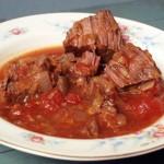 Najlepsze danie na świecie – długo duszona wołowina z pomidorami i opcje na 7 dni tygodnia