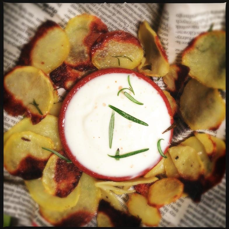 Chipsy ziemniaczane bez głębokiego tłuszczu (pieczone)
