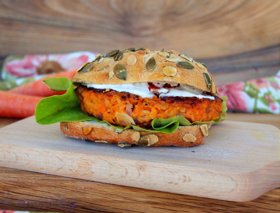 Vege burger/Carrot burger/Burgery z marchewki