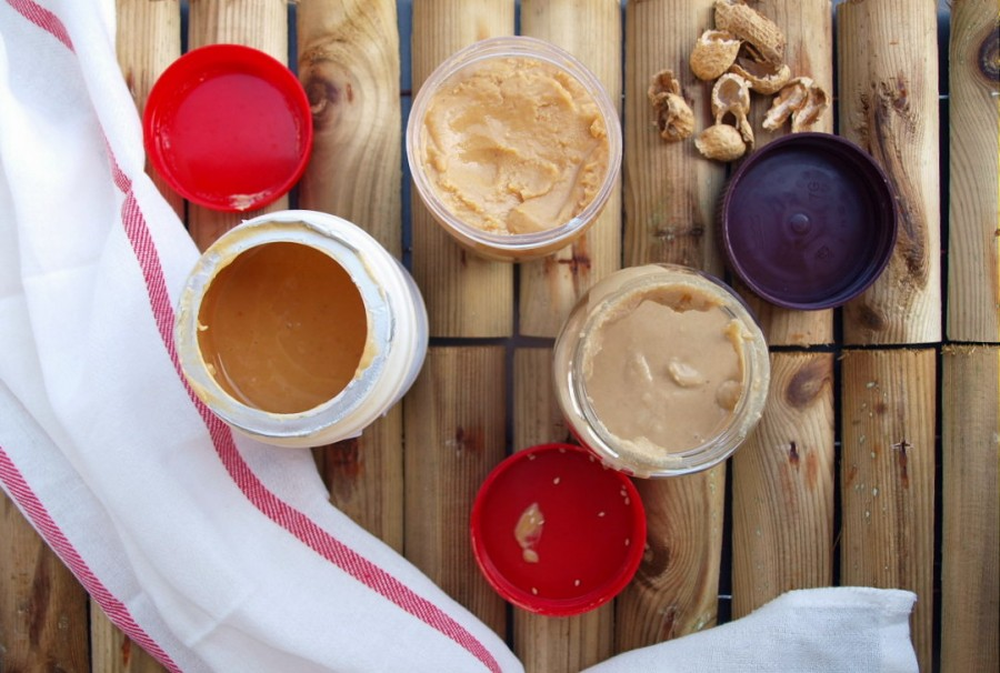 Domowe masło orzechowe (płynne i smarowalne) i tahina