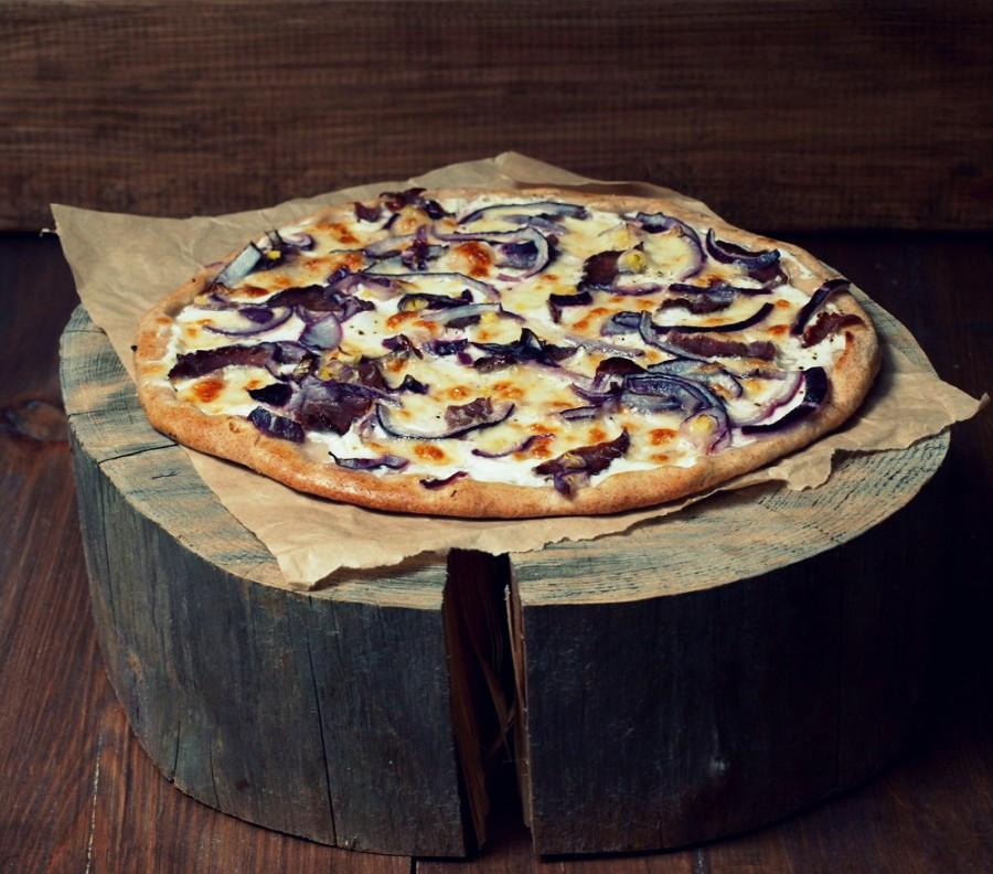 Pizza bianca z bresaolą lub parmeńską na finał World Cup