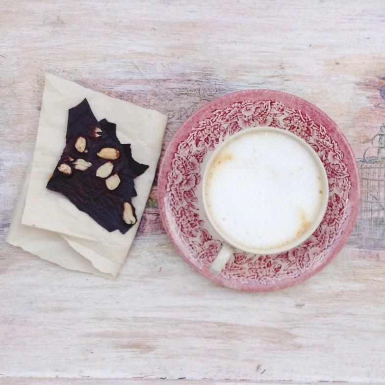 Domowa czekolada (przygotowanie 5 min+czekanie)