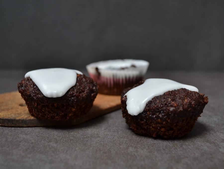 Muffinki burakowo-czekoladowe (z tahiną zamiast tluszczu, z mąki pełne ziarno)