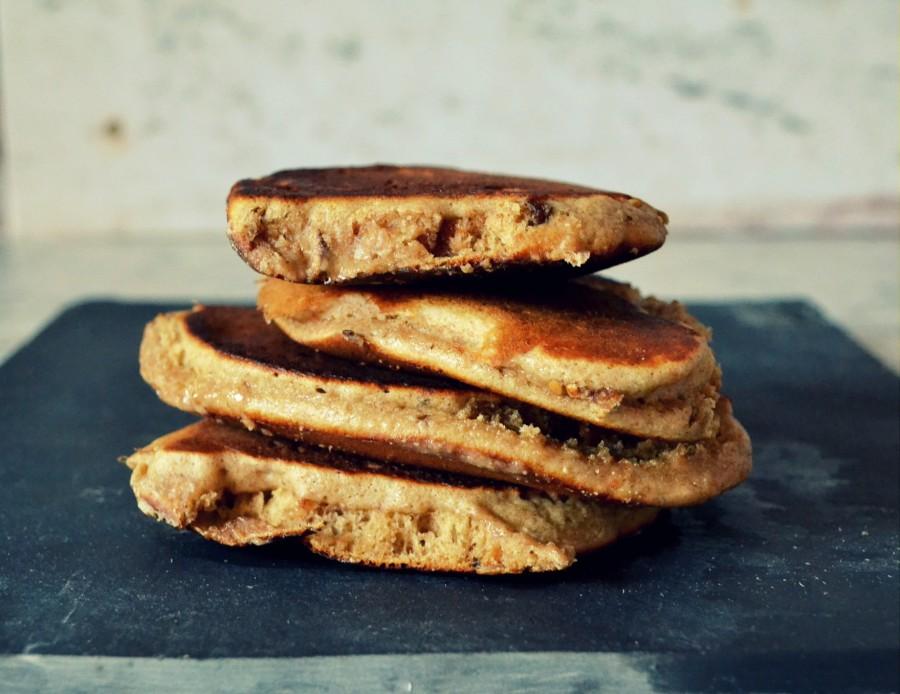 Pankejki/gofry z Daim'em (Daim pancakes)