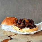 Szarpane mięso w sosie barbeque (pulled meat in bbq sauce)