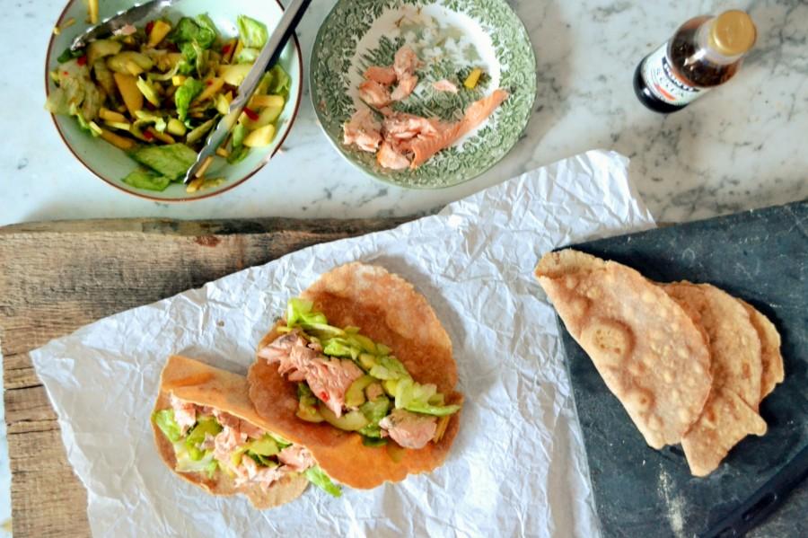 Sałatka z rybą w taco (opcja na wykorzystanie resztek)