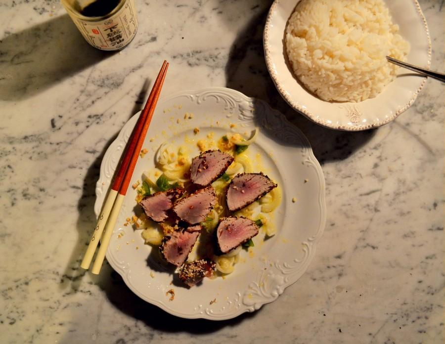Azjatycki tuńczyk wg Jamiego Olivera (15 min meal)