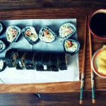 Sushi surowe i grillowane – video